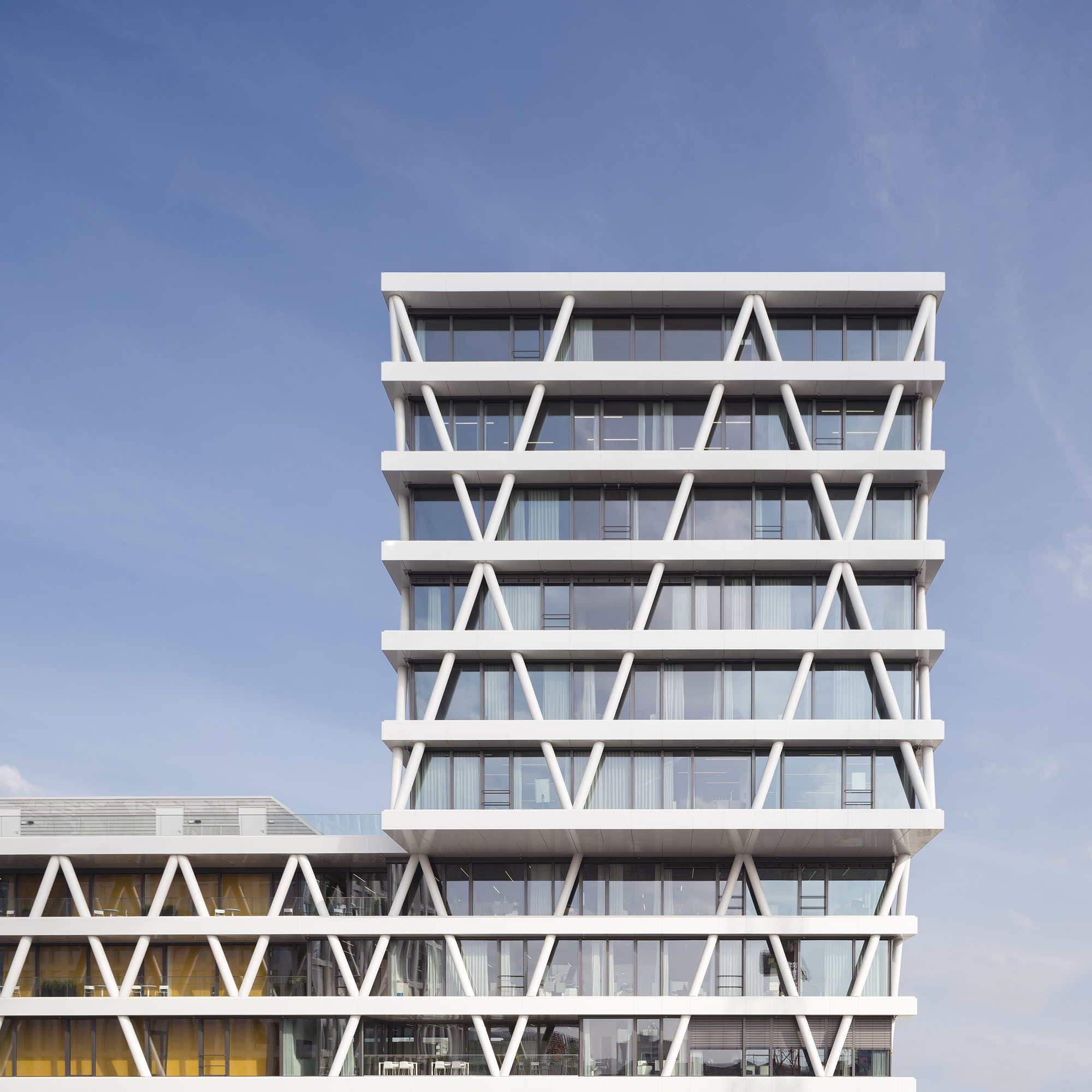 50hertz Berlin by LOVE Architecture