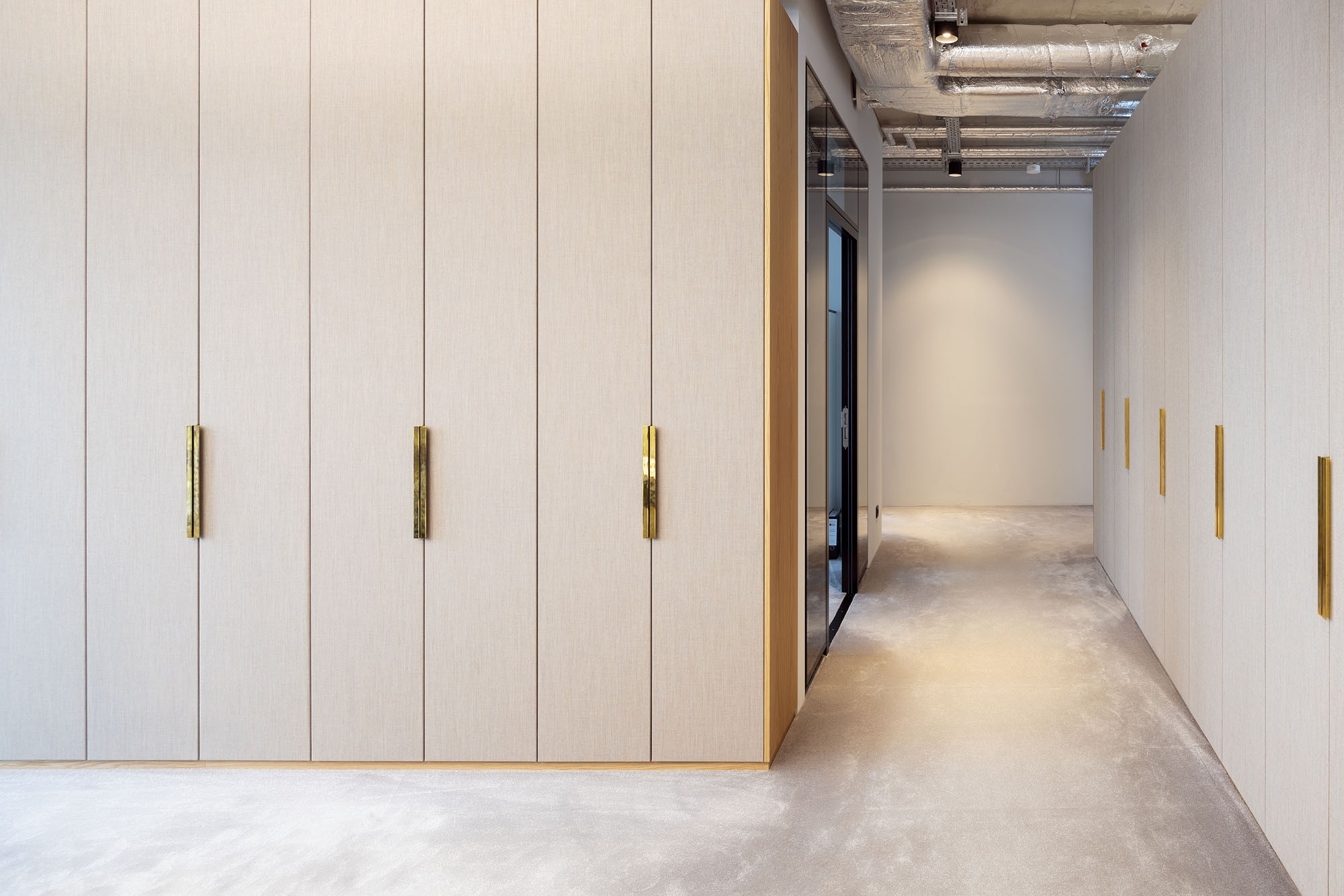 Hines Interieur by Kinzo Berlin